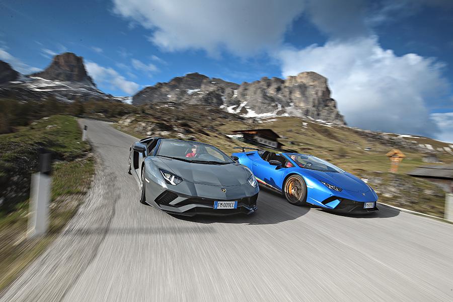 Lamborghini Aventador S Roadster & Huracán Performante Spyder