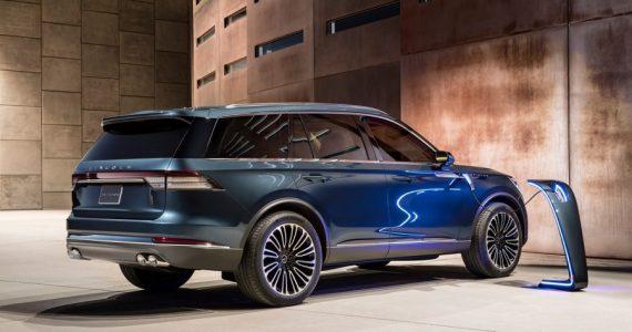 Lincoln Aviator Hybrid 2020 con más potencia