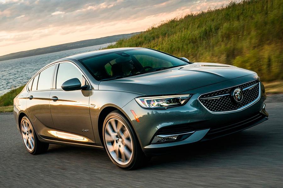 El Buick Regal Solo Hasta El Ano Modelo 2020 Automovil Online