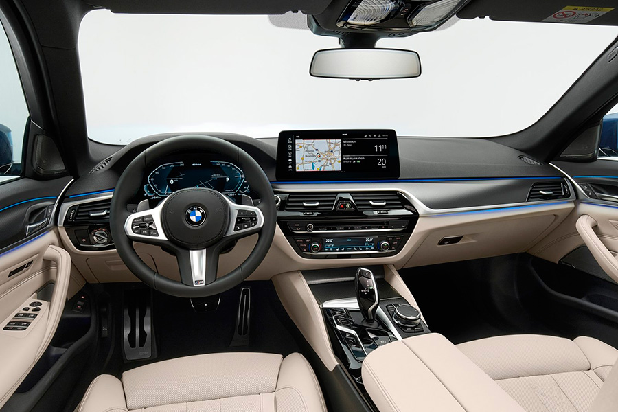 bmw-serie-5-lci-2021-interior.jpg