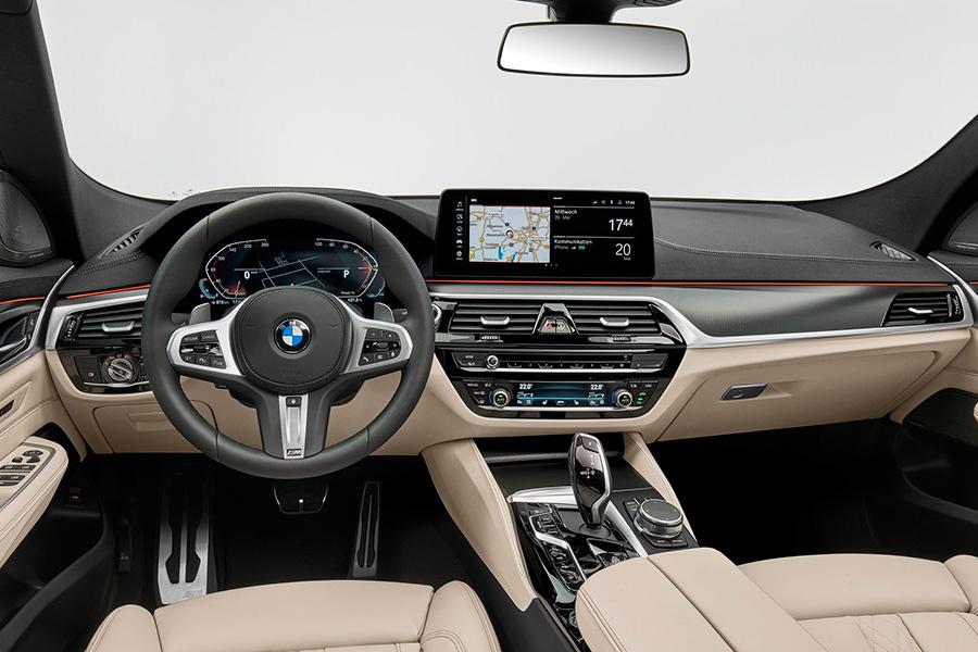 bmw-serie-6-gt-2021-interior.jpg