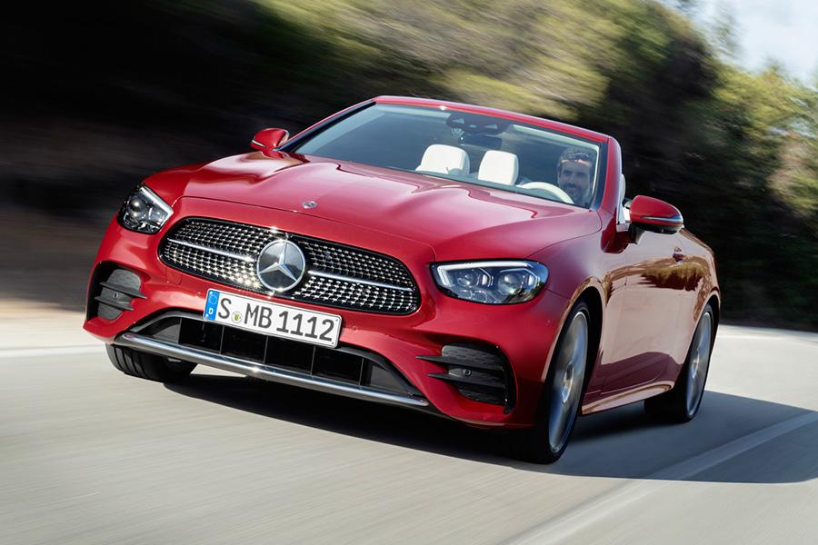 mercedes-benz-clase-e-coupe-cabriolet-2021-frente.jpg