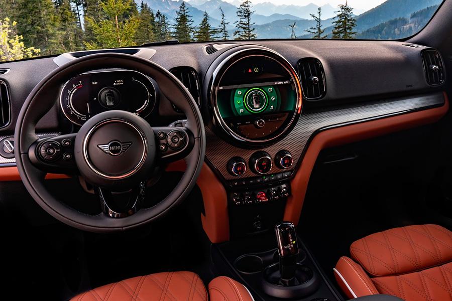 mini-countryman-2021-interior.jpg