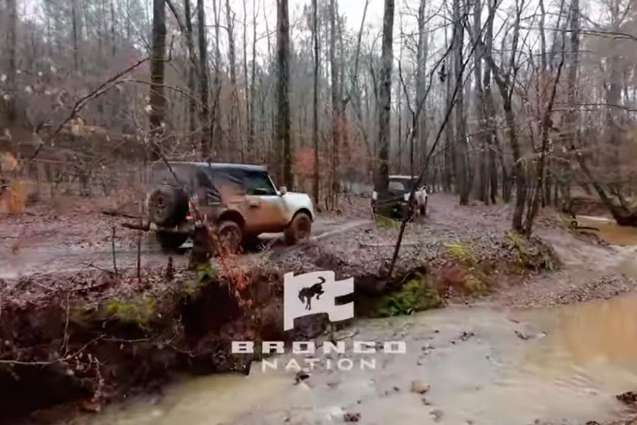 ford-bronco-2021-tres-cinco-puertas.jpg