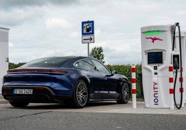 porsche-taycan-2020-gasolineras-cargadores-electricos.jpg
