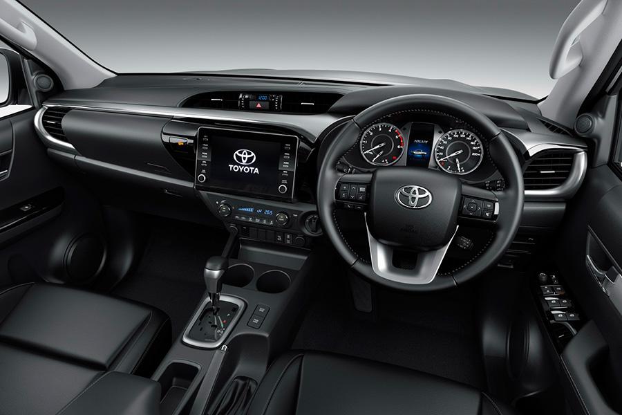 toyota-hilux-2021-interior.jpg